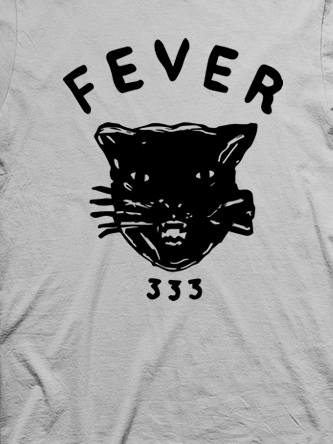 Layout da camiseta da banda FEVER 333